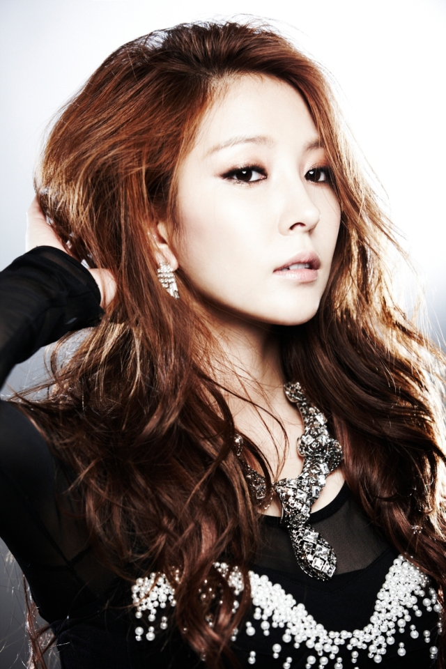 BoA--Beautiful.jpg